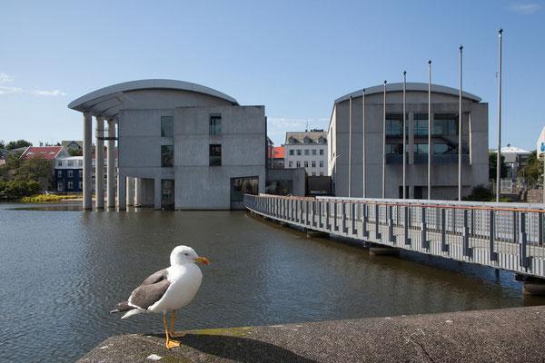 12.8. Reykjavík - Rathaus am Tjörnin