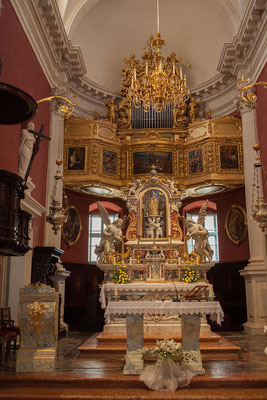 21.09. Dubrovnik, Kirche des Hl. Blasius - im Zentrum des Altars befindet sich die vergoldete STatue des Hl. Blasius