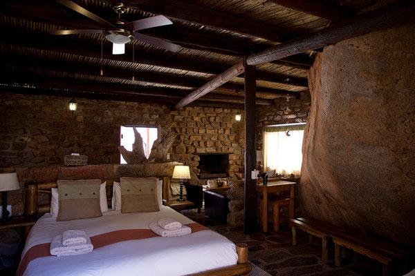 12.2. Wir übernachten in Klein Aus Vista, im sog. Eagles Nest. Wunschgemäß erhalten wir den Bungalow The Rock.