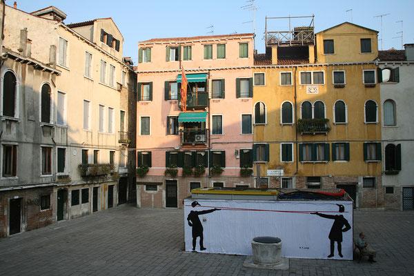 12.09. Die Locanda Armizo liegt am ruhigen Campo San Silvestro.