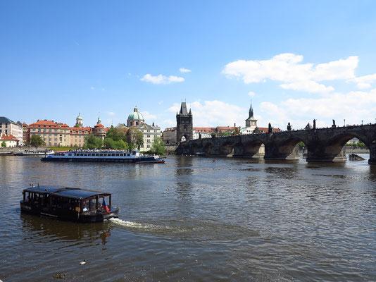 06.05. Blick auf die Karlsbrücke