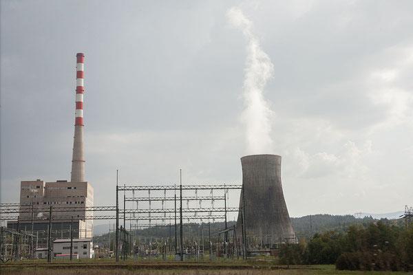 12.9. Pljevlja, das einzige Wärmektaftwerk des Landes liefert etwa 45% der in Montenegro benötigten Energie,