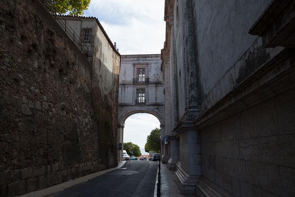 14.09. Wir spazieren weiter Richtung Panteão Nacional.