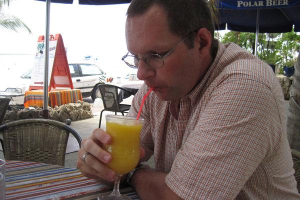 ...und Cocktail auf Bonaire