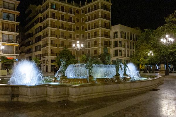 03.04. Plaza de la Virgen