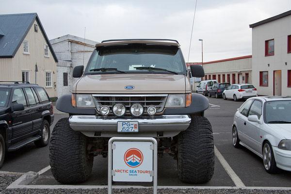 5.8. Akureyri - isländische Autos sind super