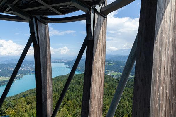 Der Turm ist der weltweit höchste Holz-Aussichtsturm!