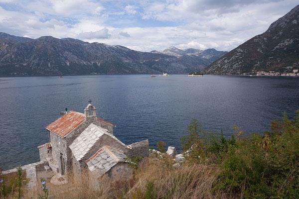8.9. Bucht von Kotor mit den Inseln Gospa od Škrpjela und Sveti Đorđe.