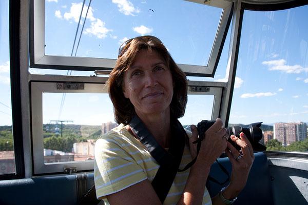 25.09. Mit der Seilbahn schweben wir über den Casa de Campo Park und genießen den tollen Blick auf die Stadt.