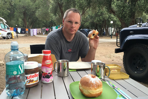5.9. Frühstück (Camping Prapratno)