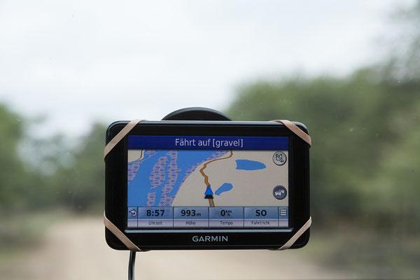 25.4. Mahango Game Reserve; wir fahren die Strecke am Fluss entlang bis zur Grenze zu Botswana und wieder retour.