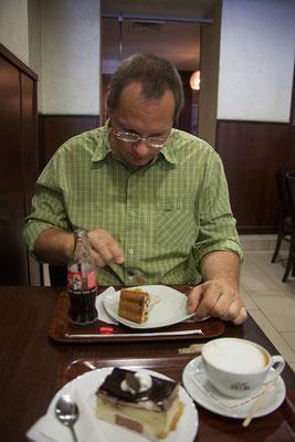 17.06. Cluj: Cofetaria Carpați
