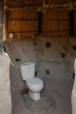 26.4. Mavunje; unsere Toilette