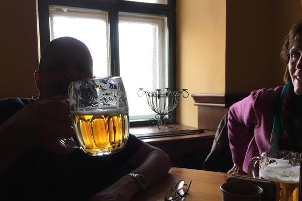 Bier um knapp € 2,-