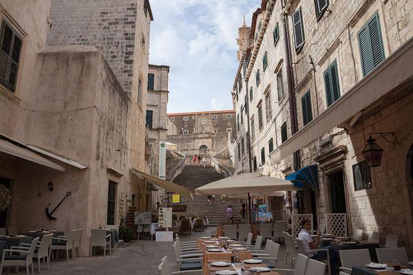 21.09. Dubrovnik - Barocke Treppe zur Jesuitenkirche St. Ignatius
