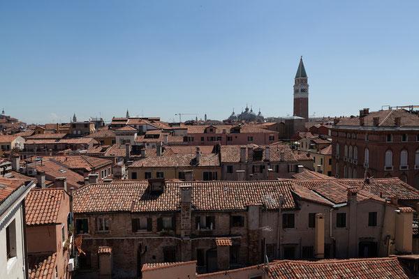 01.07. Scala Contarini del Bovolo: Blick auf San Marco