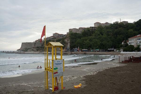 17.9. Ulcinj, an der Uferpromenade/Mala Plaža