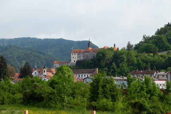 04.05. Škofja Loka: Blick auf die Burg