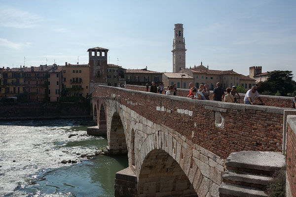 23.09. Verona - Ponte Pietra über den Adige