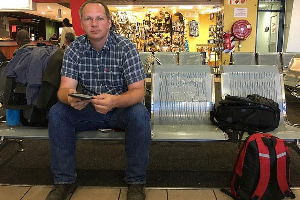 18.05. Flughafen Windhoek
