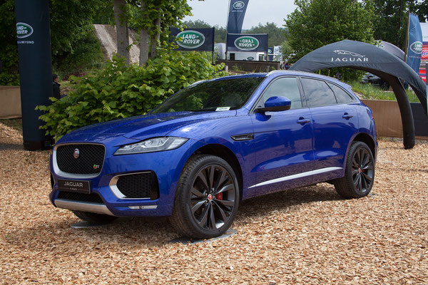 Der neue Jaguar F-Pace. Durfte aber nicht gefahren werden...