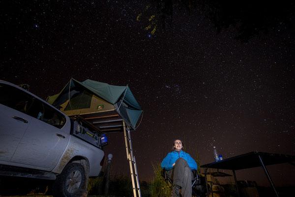 24.4. Nunda River Lodge; gemütlicher Abend unter dem Sternenhimmel.