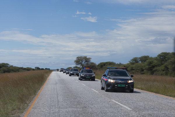 22.4. Mr. President himself ist auf dem Weg nach Otjiwarongo.