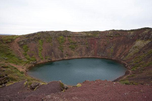 14.8. Der Krater Kerið ist erwa 6500 Jahre alt.