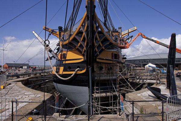 16.09. Die HMS Victory ist das älteste im britischen Marinedienst befindliche Kriegsschiff und war das Flagschiff von Vizeadmiral Nelson in der Seeschlacht von Trafalgar.