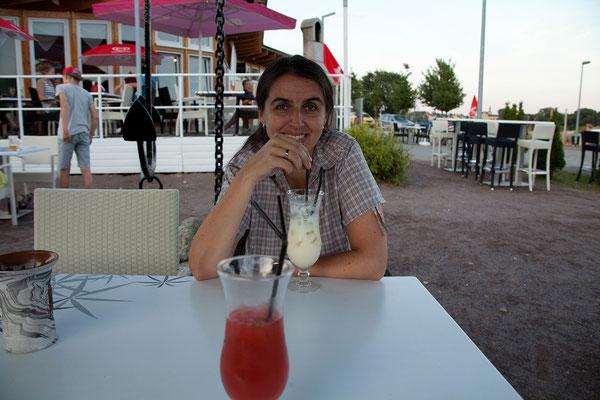 22.7. Marina Coswig - Wir beschließen den milden Sommerabend mit Tagliatelle, Pizza und Cocktails.