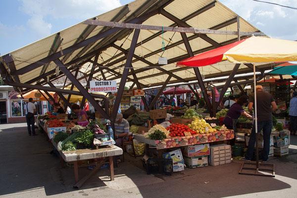 11.06. Sibiu, Markt auf der Piața Cibin