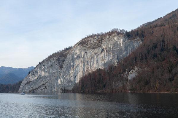 Mit dem Schiff von St. Wolfgang nach St. Gilgen.