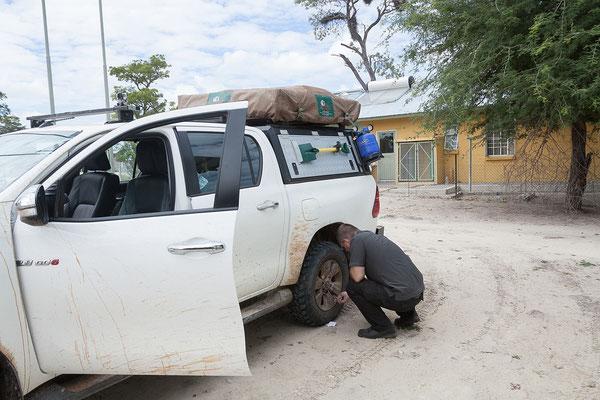 28.4. Wir verlassen Mavunje und besuchen den 737 qkm großen Mudumu NP.