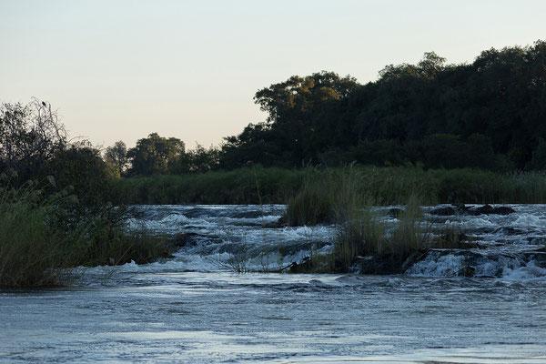25.4. Bootsfahrt am Kavango, Popa Falls