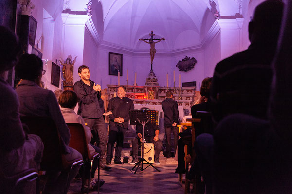 30.05. Algajola; das Balagna - Konzert ist großartig.