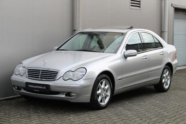 Mercedes-Benz  320 Elegance - 2002 - 39.125 km