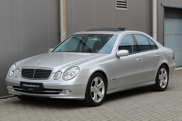 Mercedes-Benz E 500 Avantgarde - 2002 - 82.614 km