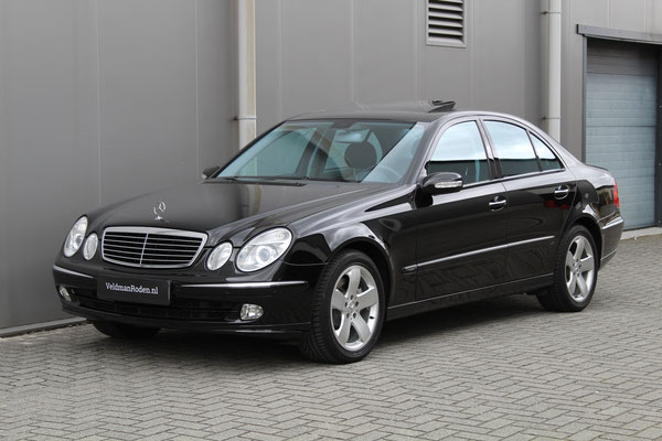 Mercedes-Benz E 500 Avantgarde - 2004 - 56.530 km