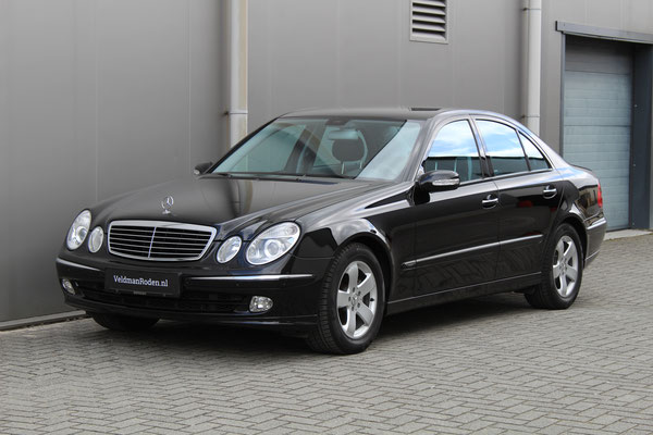 Mercedes-Benz E 320 Avantgarde - 2004 - 45.996 km
