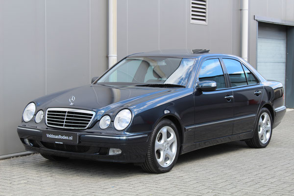 Mercedes-Benz E 320 Avantgarde - 2002 - 38.950 km