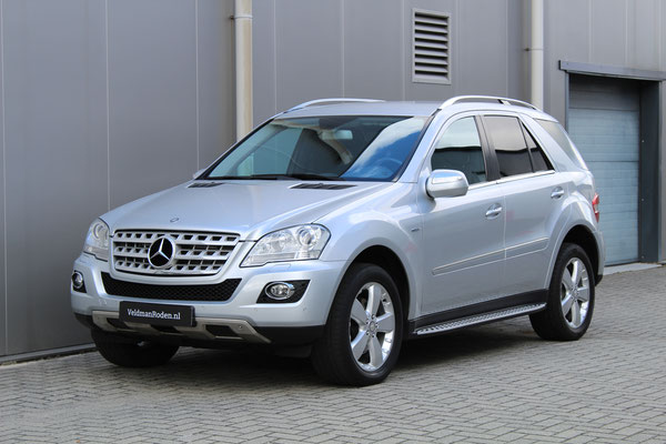 Mercedes-Benz ML 300 CDI - 2011 - 95.630 km