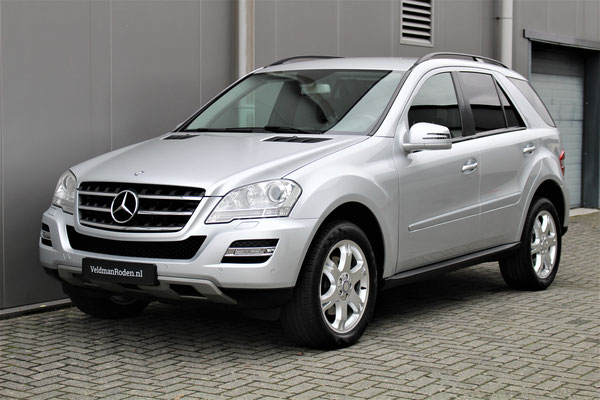 Mercedes-Benz ML 350 4matic - 2010 - 70.375 km