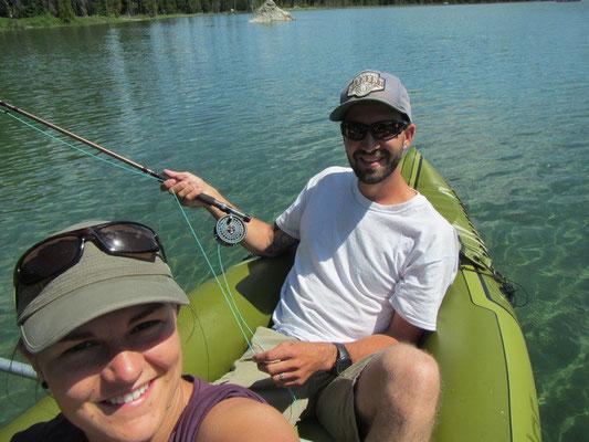 ...Mike am fischen und ich am paddeln..smile