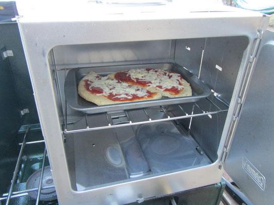 Anstatt Fisch gabs Pizza im Ofen