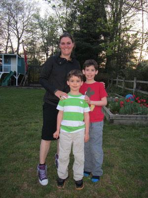 Corry mit den Jungs Svenn und Stan