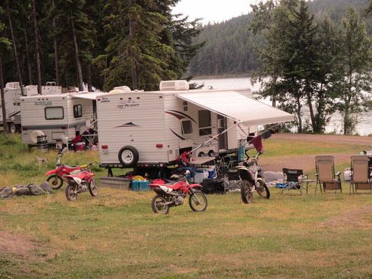 Motorcross Camping