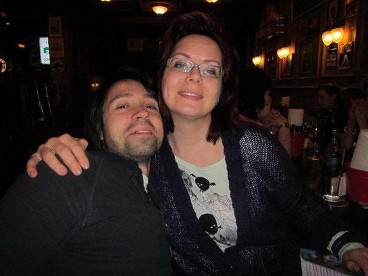 Die zwei Witzigen: Mike's Schwester Manu mit Freund Toni