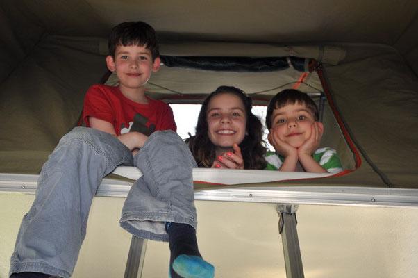 Die Kids liebten das Dachzelt