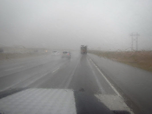 Fahrt im strömenden Regen Richtung New Mexico