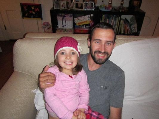 Mike und Annabella mit neuer Mütze